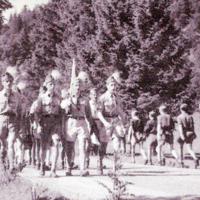 """Mittenwald: a Bund Deutscher Pfadfinder """"Scout Rally"""" táborban"""